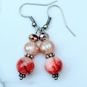 Jewelry - Handcrafted earrings with freshwater pearls